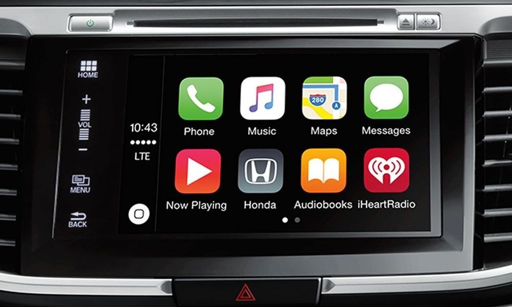 the 2017 Honda Accord's 7-inch touch-screen display is Apple CarPlay and Android Auto capable.