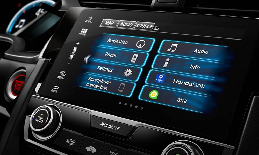 Stream music and more with the 2017 Honda Civic HondaLink system.