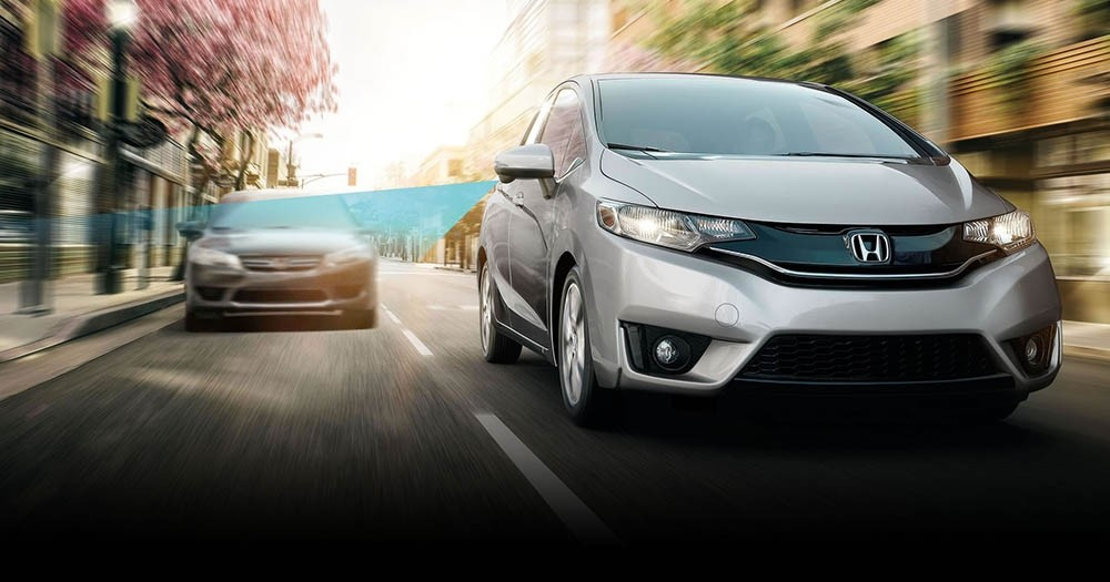 Honda LaneWatch available on the 2017 Honda Fit reveals nearly four times more than the passenger mirror alone.