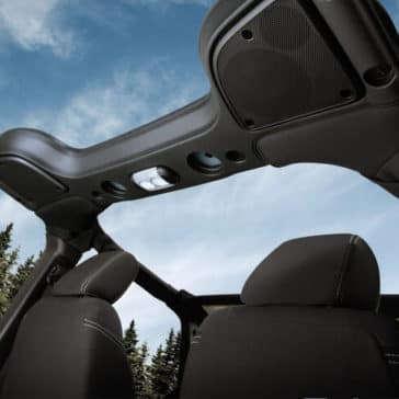 2018 Jeep Wrangler JK Interior 04