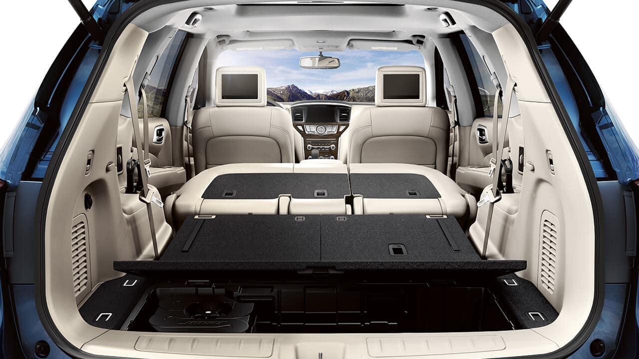 2018 Nissan Pathfinder cargo space