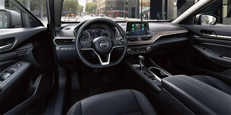 2019 Nissan Altima Interior Front Seating and Dashboard