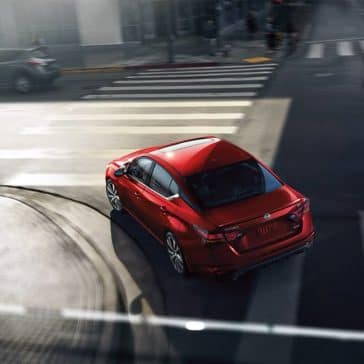 2019 Nissan Altima Turning