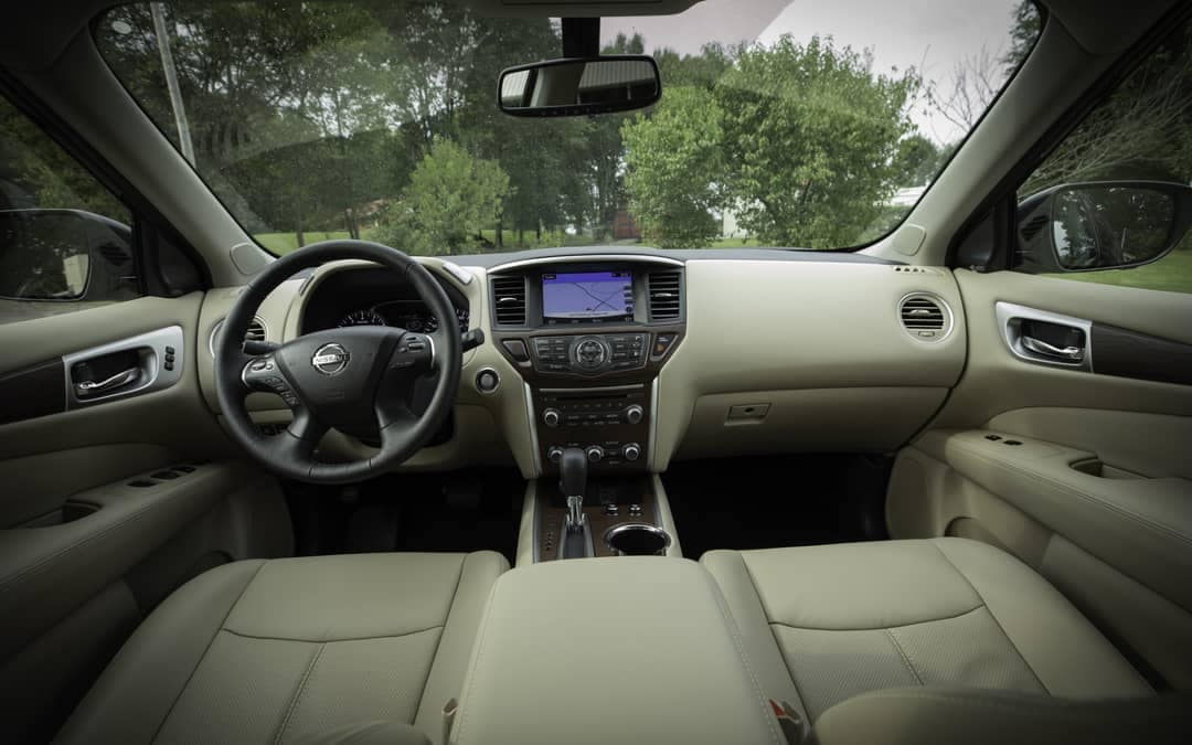 2019 Nissan Pathfinder dashboard
