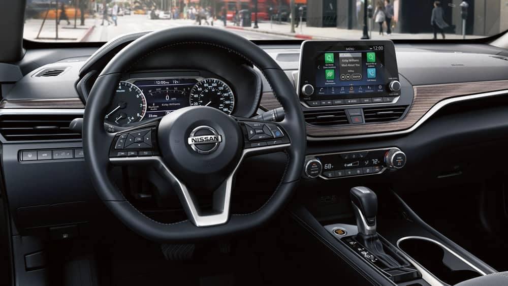 2020-nissan-altima-dashboard