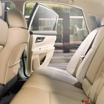 2018 Nissan Altima interior rear seating beige leather original