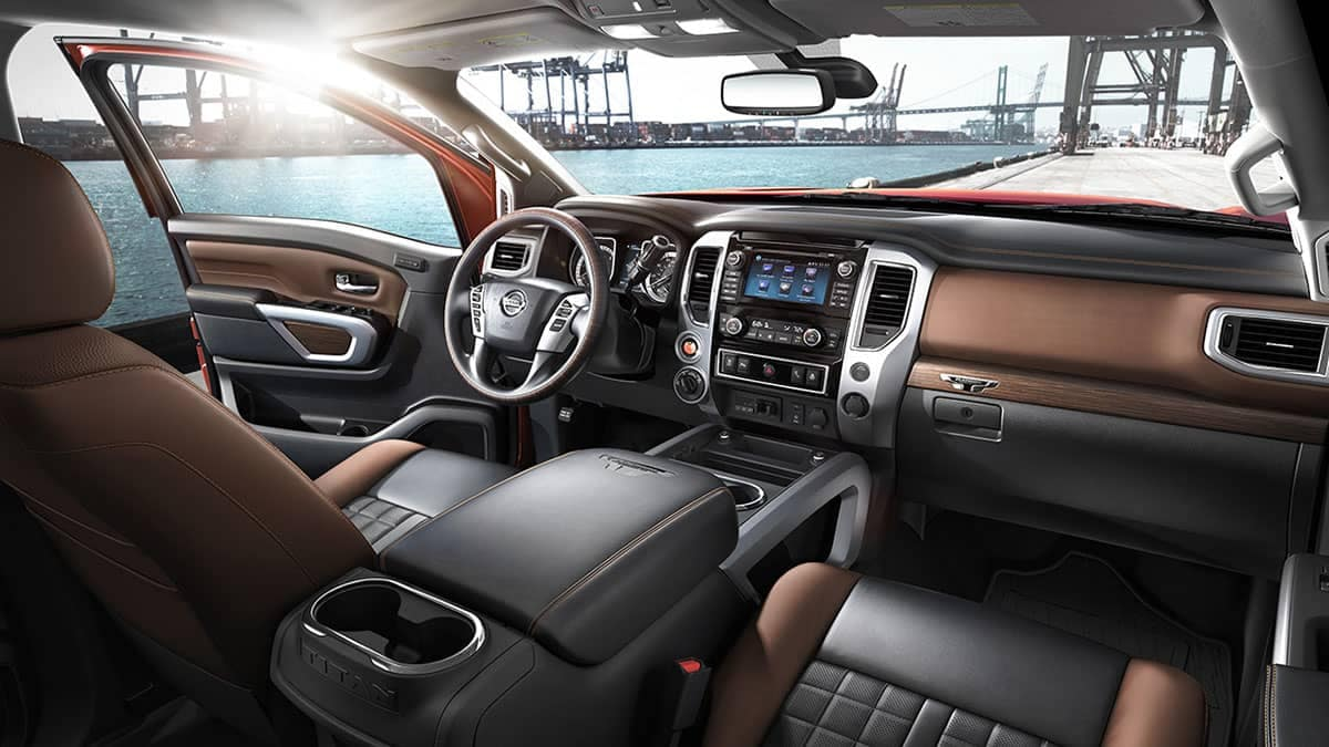 2018 Nissan Titan interior black brown leather