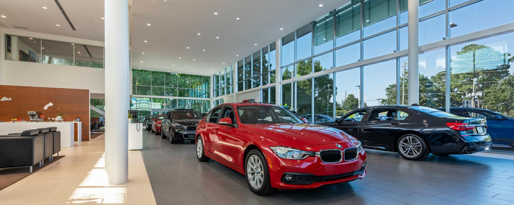 BMWWilmington_Interior_NewShowroom