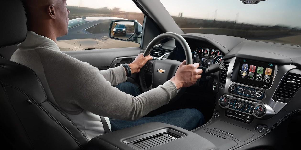 2017 Chevrolet Tahoe front interior