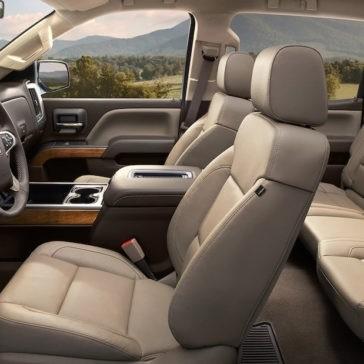 2017 Chevrolet Silverado interior