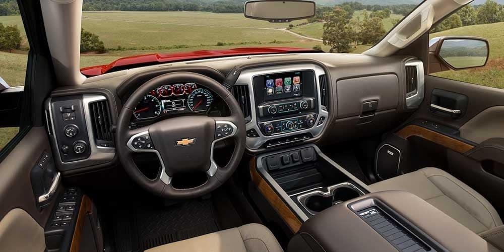 2018 Chevrolet Silverado 1500 front interior