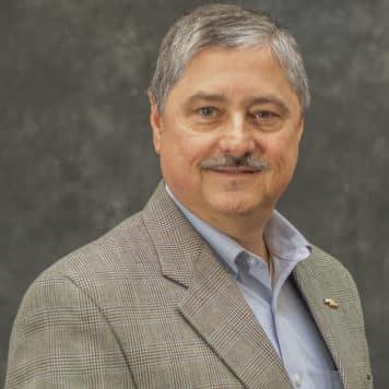 Robert Ruiz