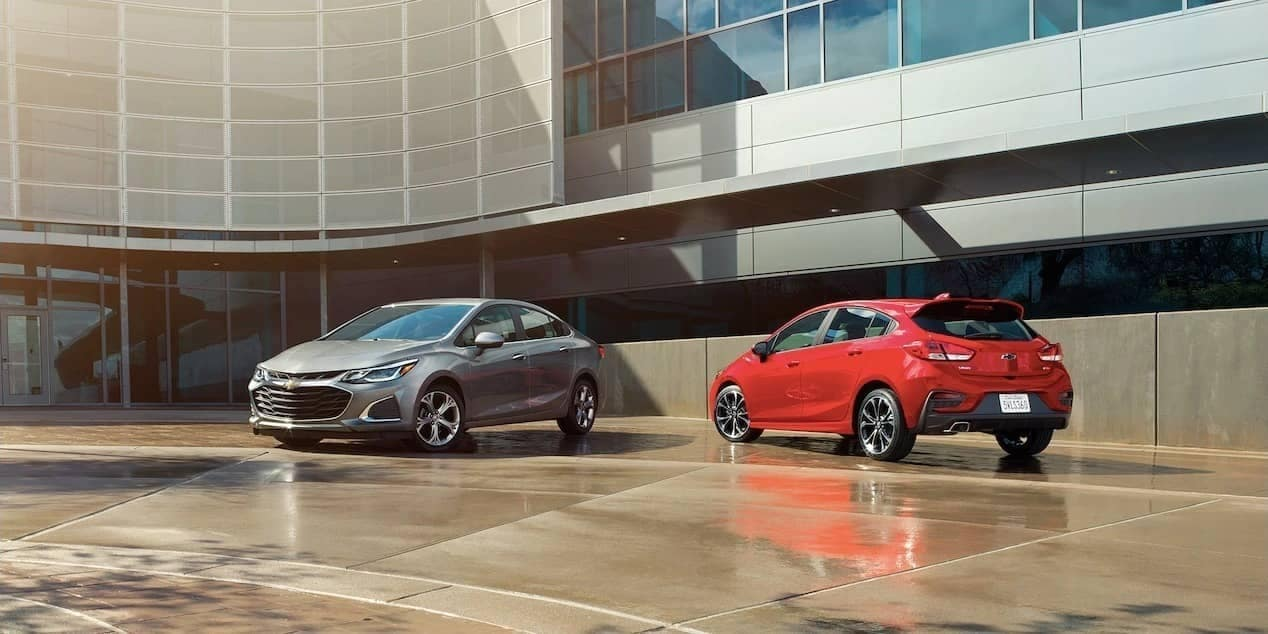 2019 Chevrolet Cruze sedan and hatchback