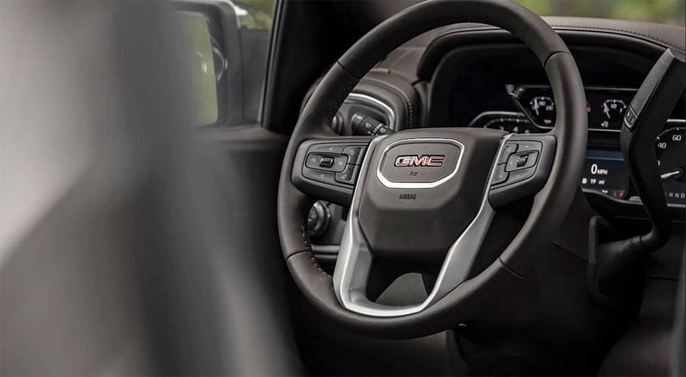 2019 GMC Sierra 1500 SLT steering wheel
