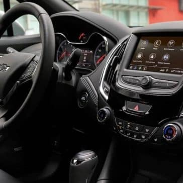 2019 Chevrolet Cruze interior dashboard