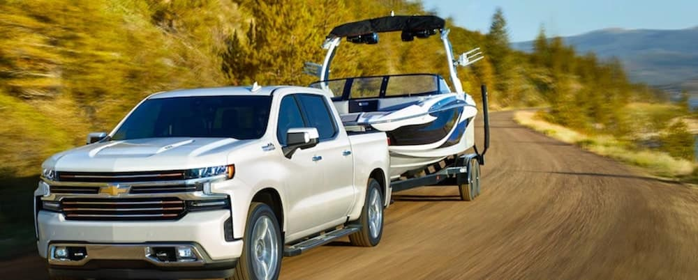 Chevrolet Silverado 1500 Towing Boat