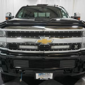 Grille of Chevy Silverado HD Grizzly