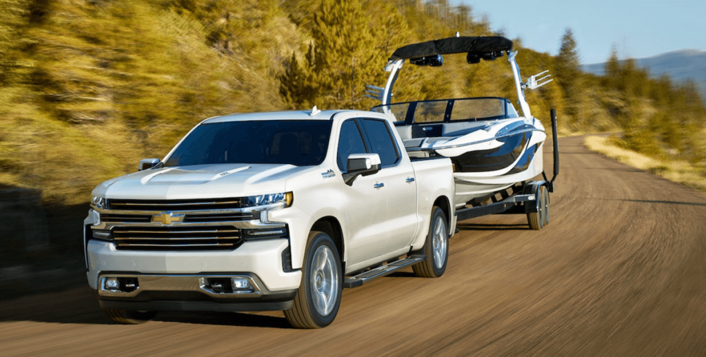 2021 Chevy Silverado 1500 Towing Banner