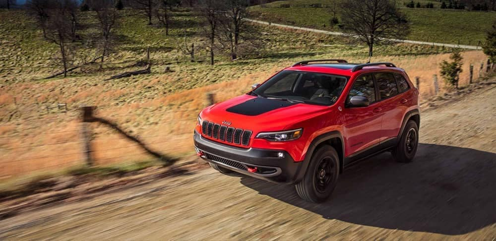 2019 Jeep Cherokee on a country road