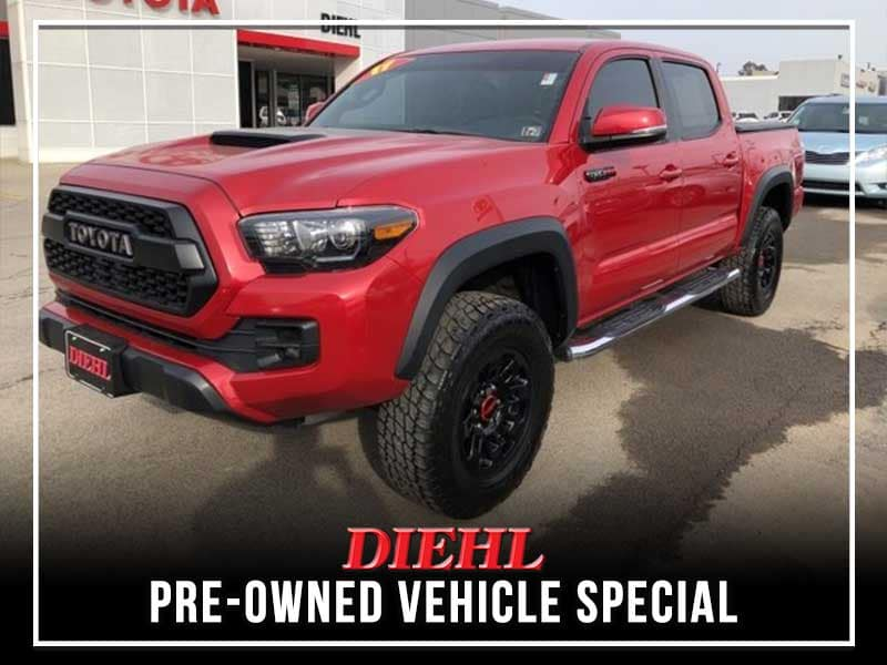 PRE-OWNED 2017 TOYOTA TACOMA TRD PRO 4WD