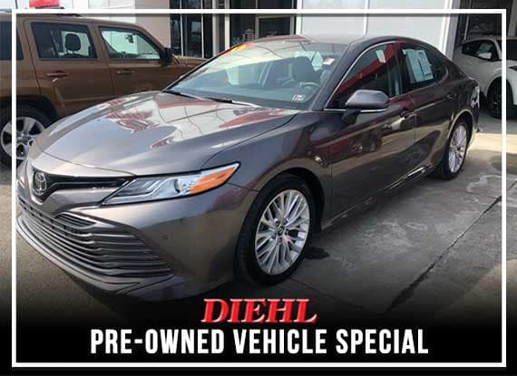 Pre-Owned 2018 Toyota Camry XLE FWD 4D Sedan