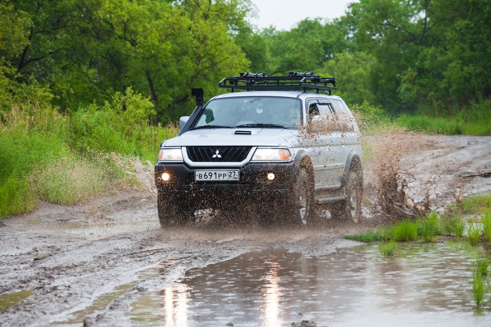 4x4 Or 4x2 And The Pros And Cons Of Both