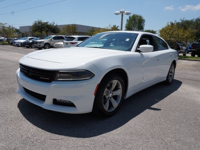 Dodge Used Cars >> Driver S Auto Mart Used Car Of The Week 2016 Dodge Charger Sxt