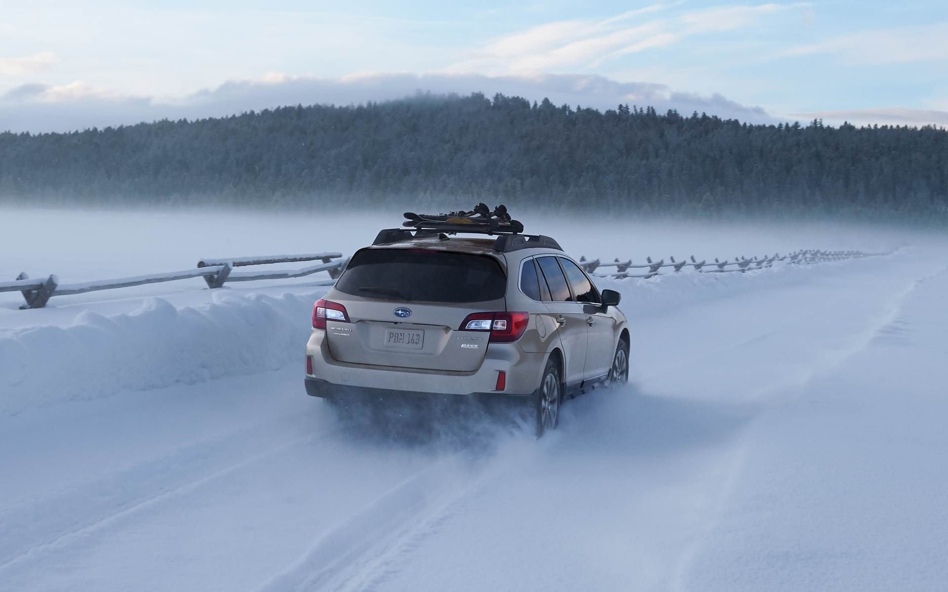 Subaru Legacy: Wiper operation when snowing