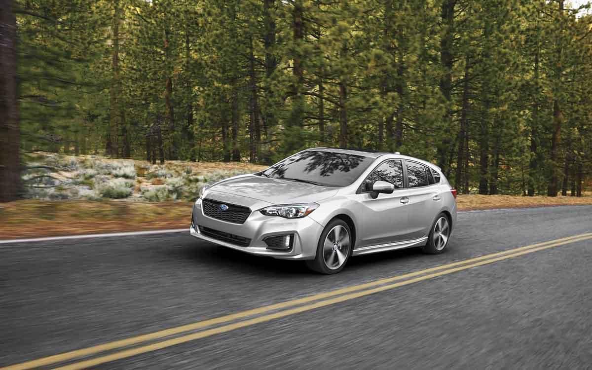 2018 Subaru Impreza 5-Door Exterior Driving