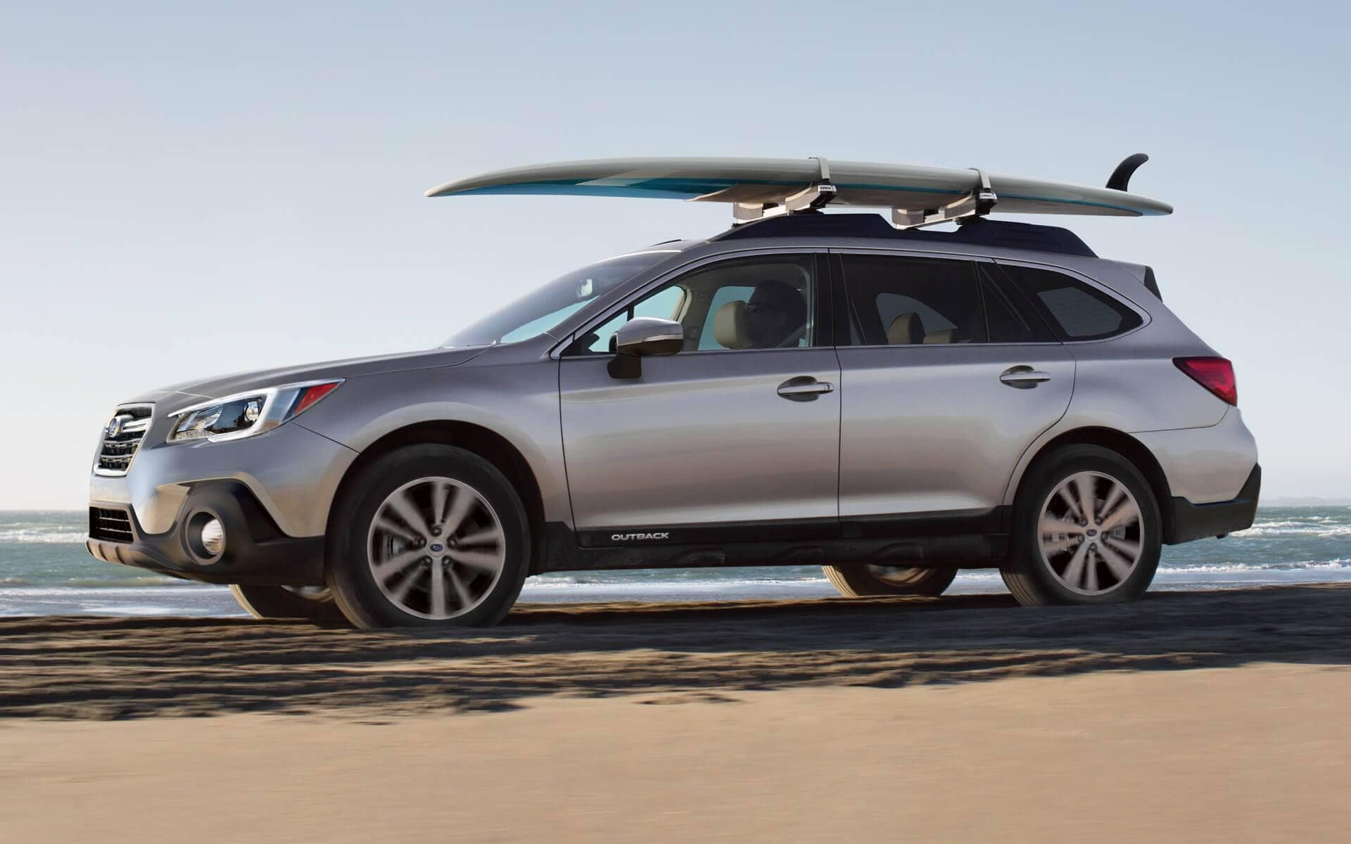 2018 Subaru Outback Exterior with roof rack