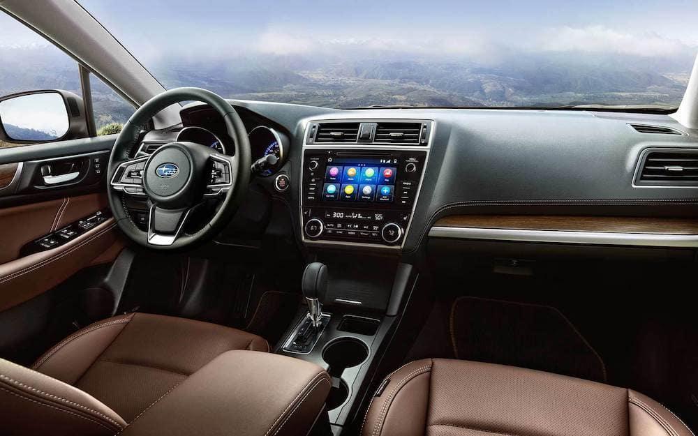 2019 Subaru Outback 2.5i Touring interior