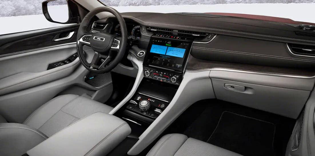 Jeep Grand Cherokee L - Interior
