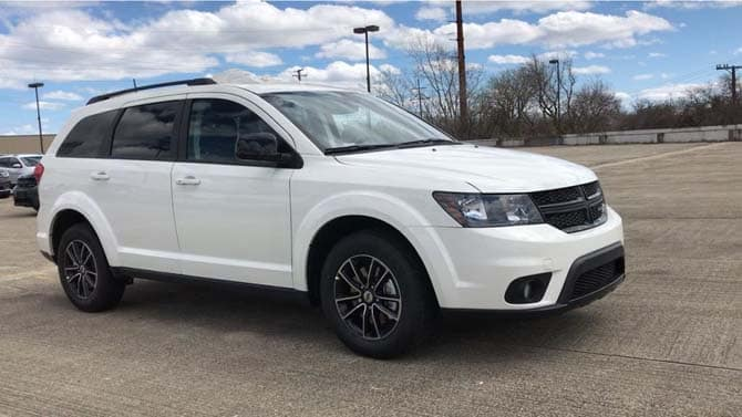NEW_2019_DODGE_JOURNEY_SE
