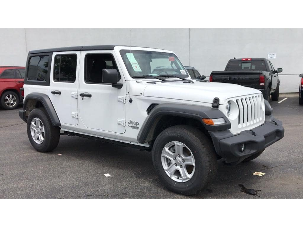 Jeep_Wrangler_Unlimited_white