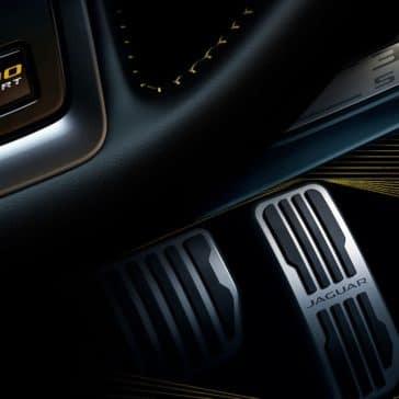2019 Jaguar XE Interior Features