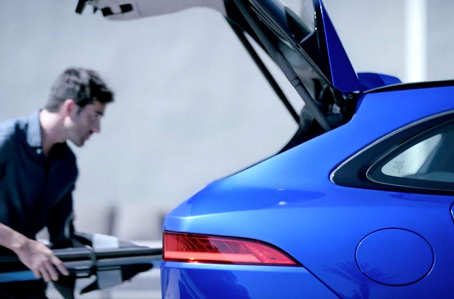 2020 Jaguar F-PACE Gesture Tailgate