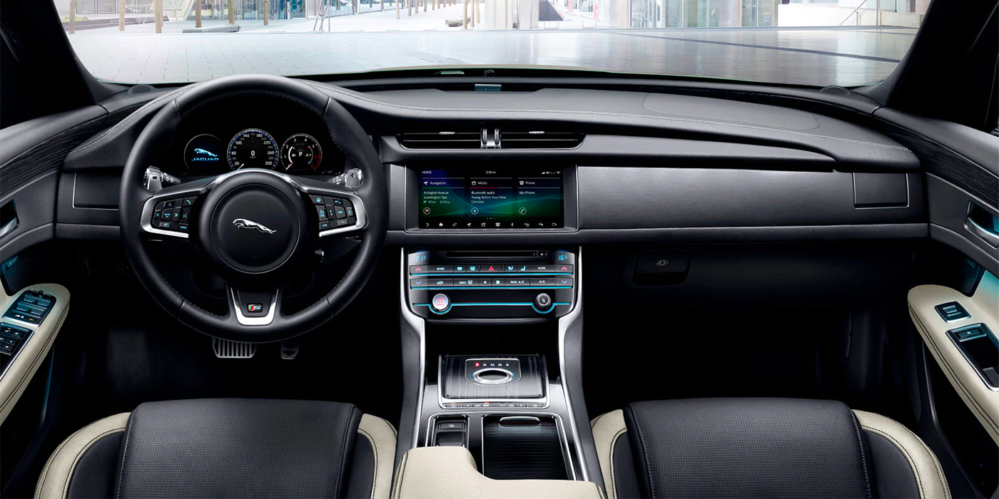 Jaguar XF technology