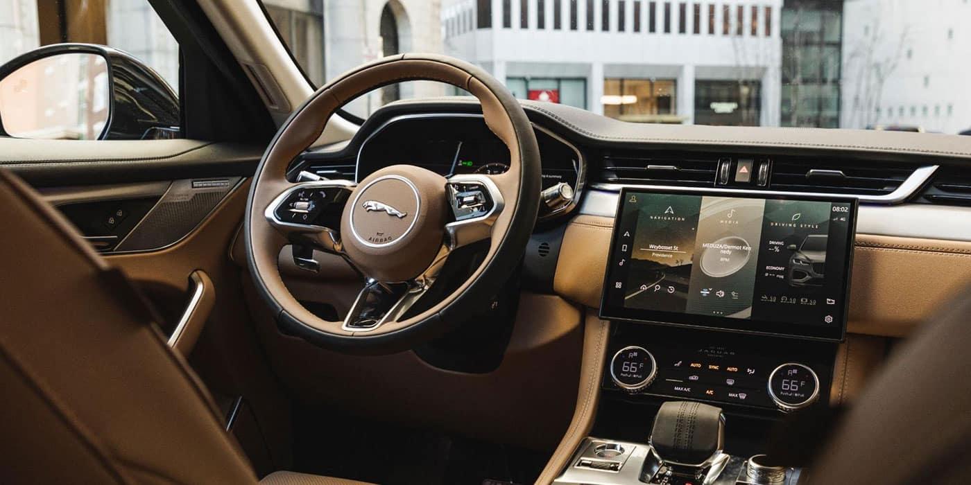 Jaguar F-PACE Interior dash view