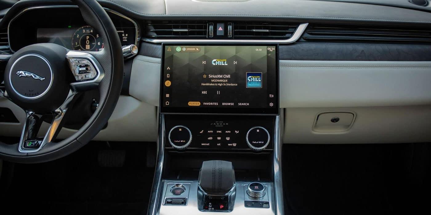 Jaguar XF technology