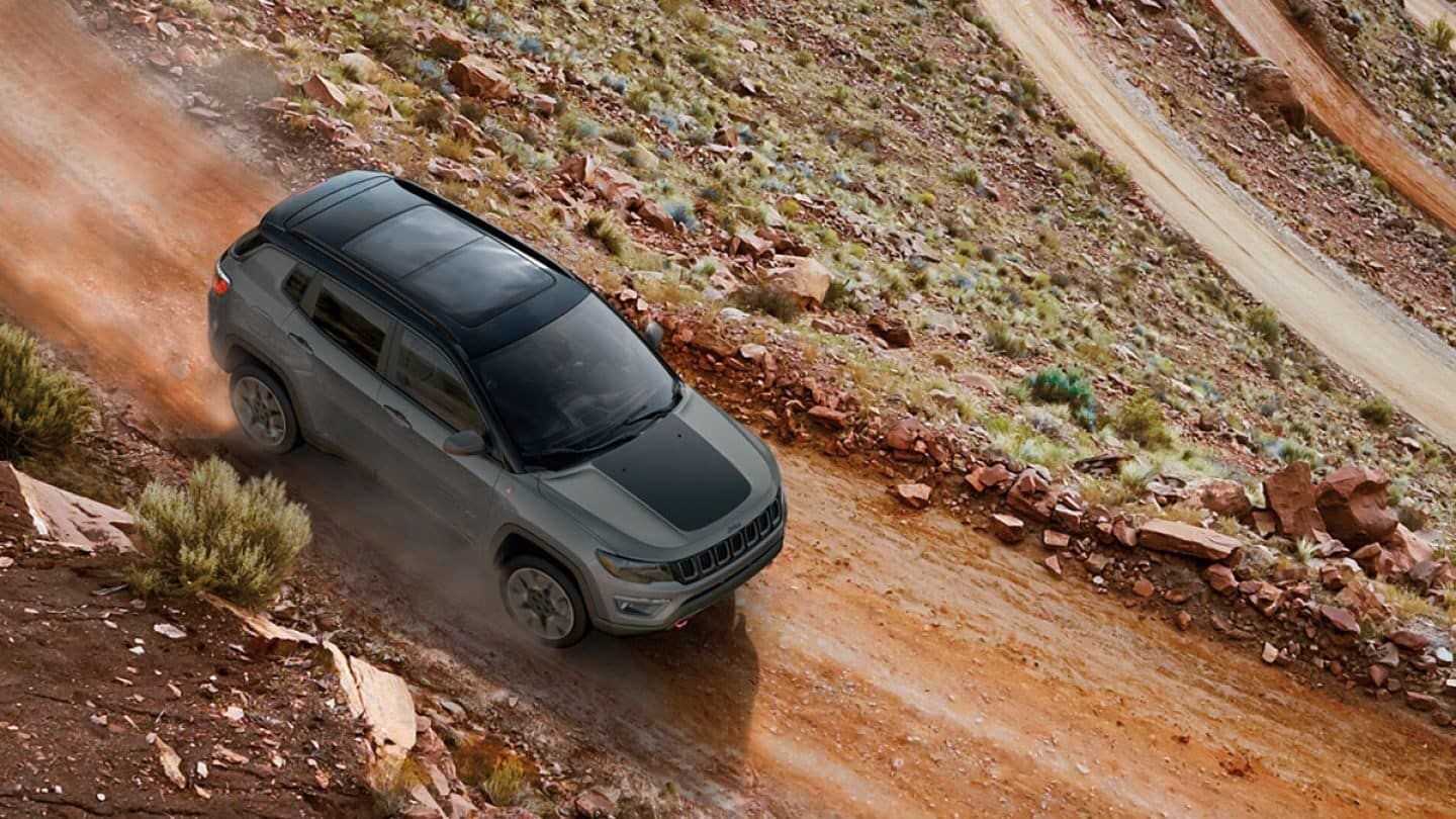 2019 jeep compass riding on trail