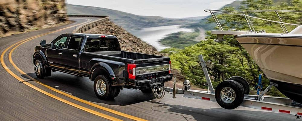 2019 Ford F-450 Super Duty Dually Towing Boat