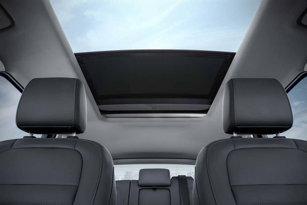 2019-Ford-Escape-panoramic-sunroof