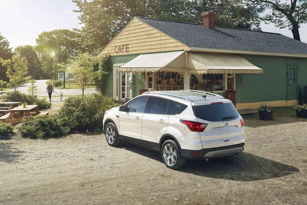 2019-Ford-Escape-parked-near-a-cafe