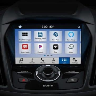 2019-Ford-Escape-touchscreen-controls
