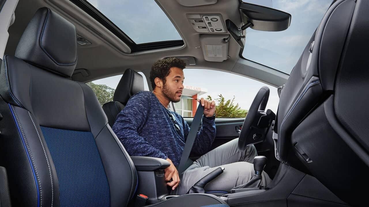 2018 Toyota Corolla Interior Driver