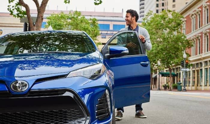 2019 Toyota Corolla vs  2018 Honda Civic | Jordan Toyota