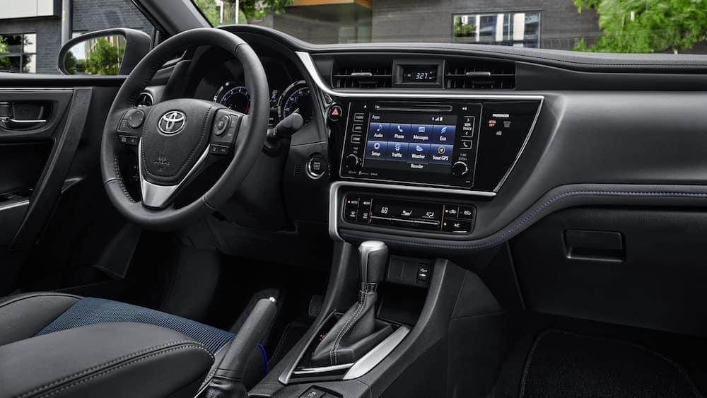 2019 Toyota Camry Vs 2019 Toyota Corolla Sedan Comparison