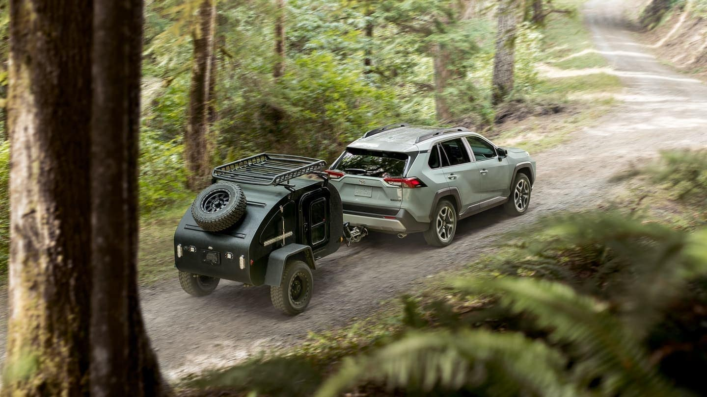 2019 Toyota RAV4 towing a small trailer