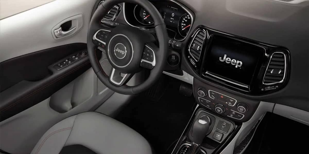 2019 Jeep Compass steering wheel