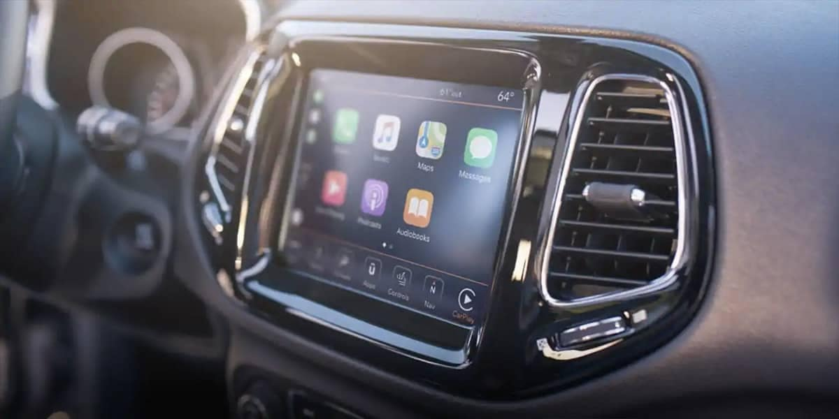 2019 Jeep Compass technology display